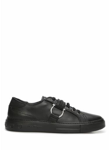 Salvatore Ferragamo Salvatore Ferragamo  Logo Bant Detaylı Erkek Deri Sneaker 101620607 Siyah